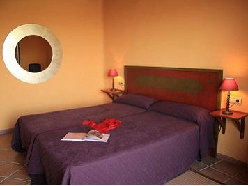 Hotel Maraveri. Dormitorio